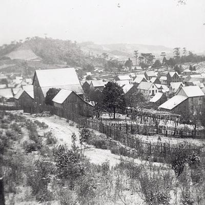 O inverno inicia oficialmente neste domingo, dia 21 de junho, mas as temperaturas baixas já são sentidas. Em junho de 1942, os florenses viram a paisagem ficar toda branca. Naquele ano, uma nevasca atingiu a região cobrindo a cidade de neve por dois dias.
