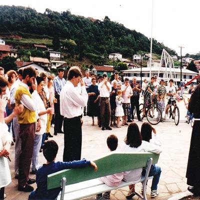 A praça do Imigrante foi entregue oficialmente à comunidade no dia 12 de outubro de 1996. A solenidade contou com a animação da Banda Florentina e a bênção do frei Antoninho Pasqualon.