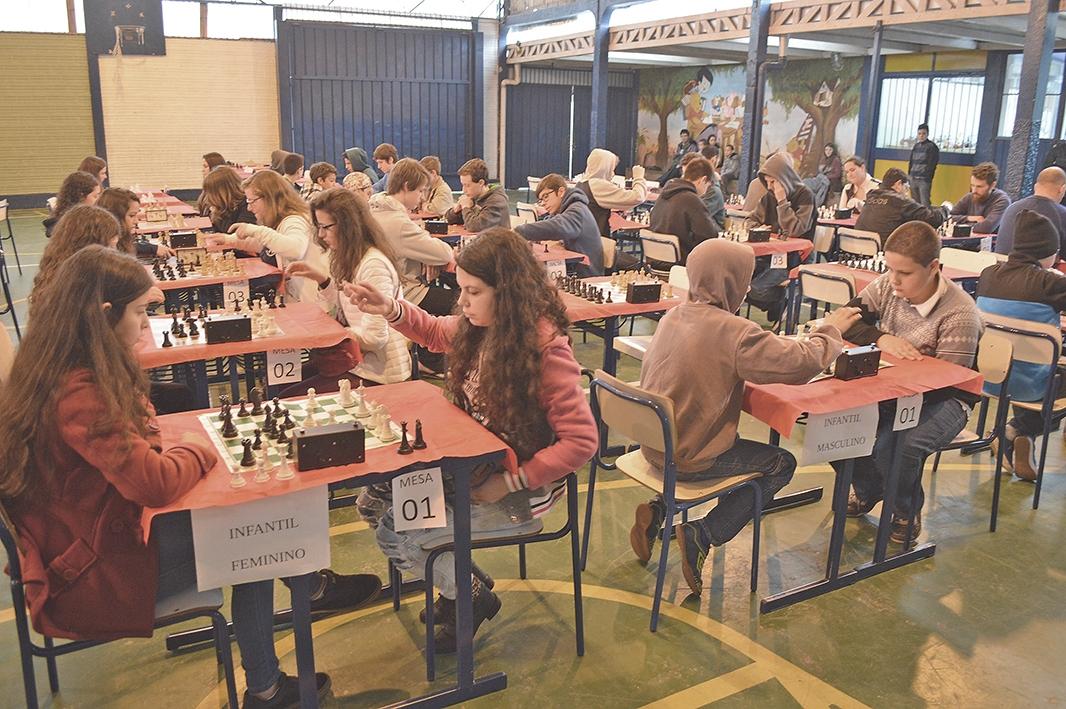 Partidas foram disputadas em cinco categorias.
