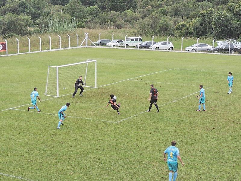 A maior goleada na estreia foi de 8 x 1 do Madruga sobre o Galo Serrano.