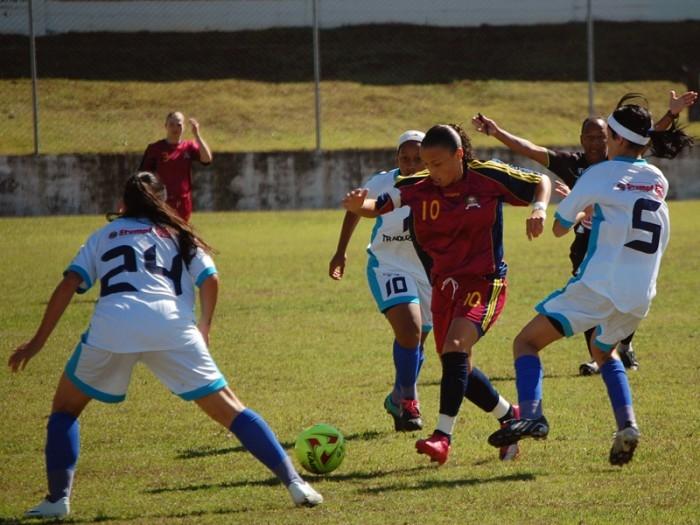 Equipe treinada por Luciano Brandalise apresentou um bom futebol na goleada sobre Gravataí.