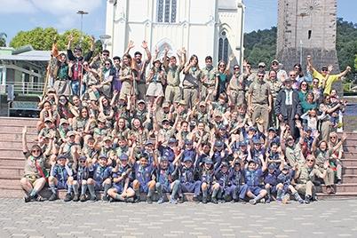 Atualmente, o grupo é formado por 107 crianças e jovens, além de voluntários e diretoria.