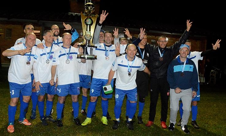 Cruzeiro é campeão do master de Flores da Cunha.