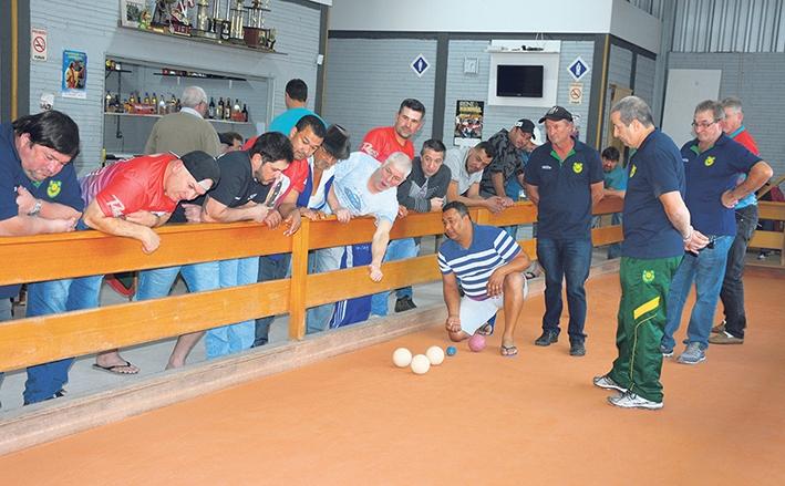 No jogo da volta da semifinal, o São Pelegrino venceu o São Cristóvão por 5x1.