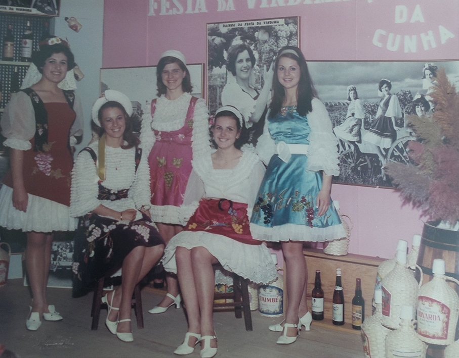 Rainha e princesas da 1ª Fenavindima.