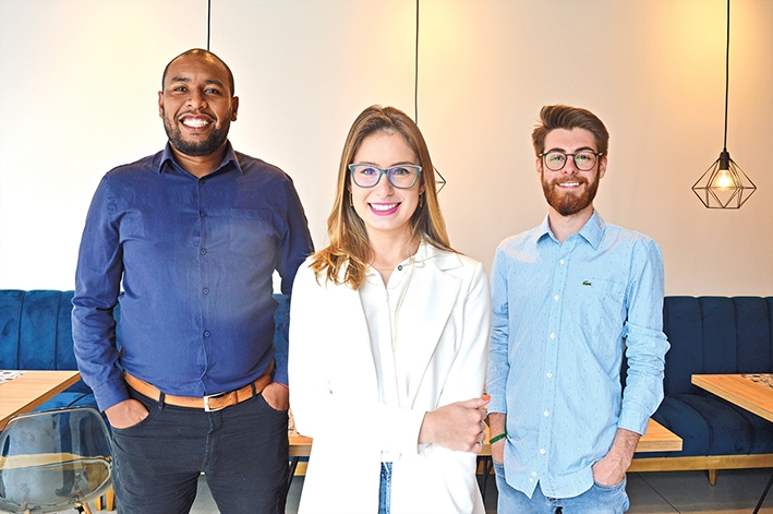 A equipe: Bernardo Barcellos, Gabriela Fiorio e Enzo Manfron.