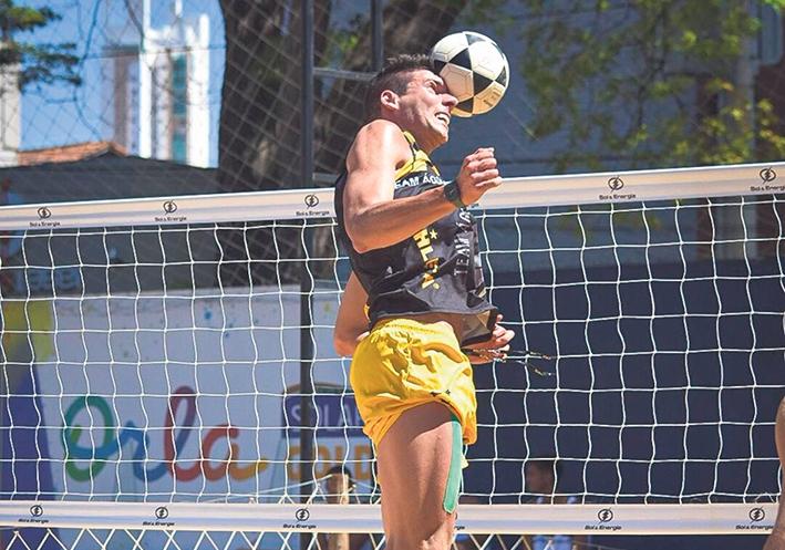 César Fiorio já disputou competições no Rio Grande do Sul, Alagoas, Goiás, São Paulo, Rio de Janeiro e já participou de torneios nos Estados Unidos.