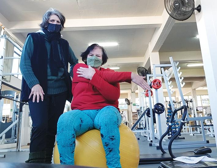 O frio não impede a aposentada Leonilde Zen de manter a sua saúde em dia.