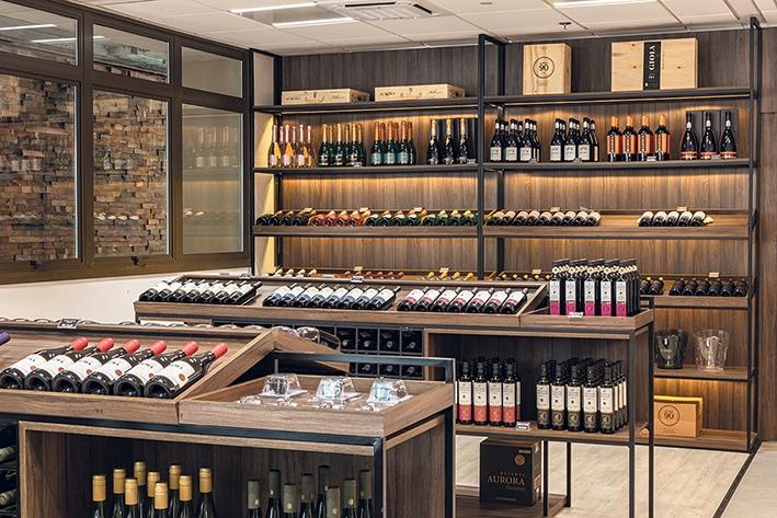 Nova loja da Aurora fica localizada junto à unidade da vinícola no  Vale dos Vinhedos.