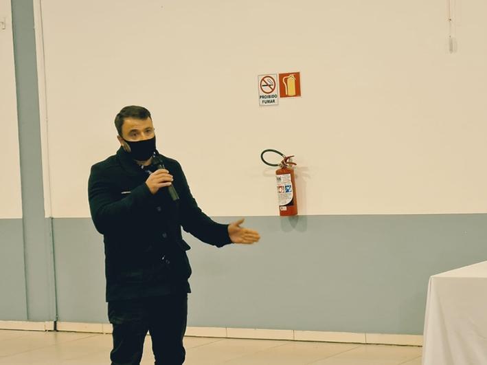 Vice-prefeito participa de audiência pública sobre as concessões de rodovias.