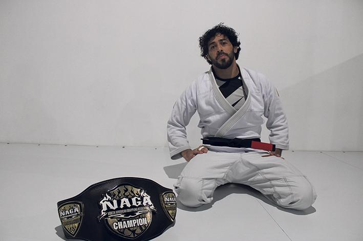 Altamir Molina Cezar Junior se dedica inteiramente ao esporte.