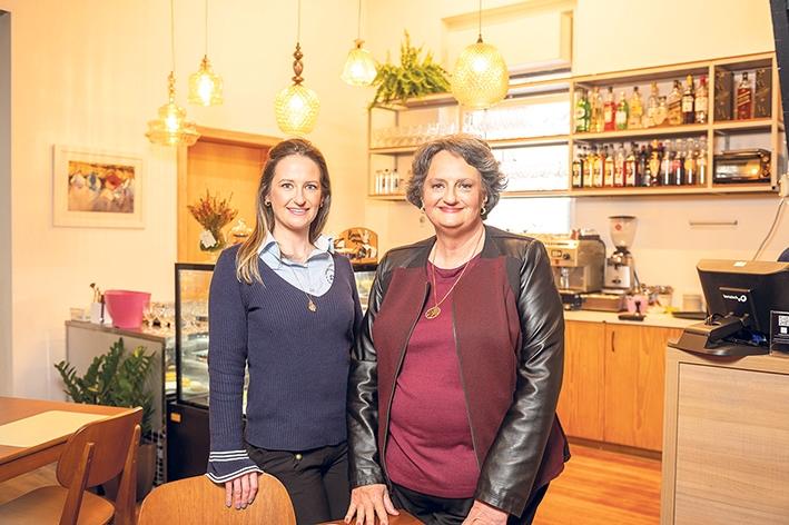 Maria Beatriz Dal Pont e Carolina Dal Pont Branchi.
