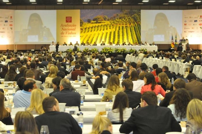 Mais de 850 pessoas degustaram os vinhos.