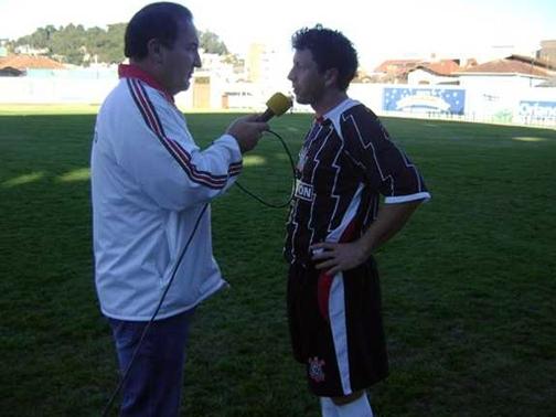 Fernando Maurina (D) jogou o Veteranos pelo Corinthians.