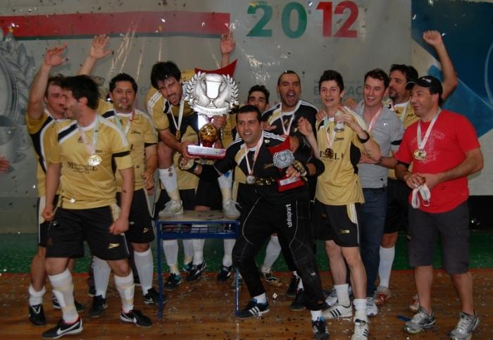 Bróca 18 venceu de virada o Cruzeiro.
