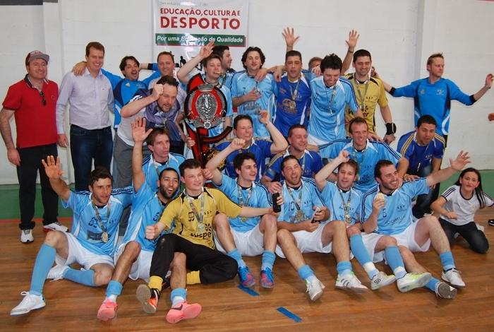 Decisão foi disputada no ginásio de esportes da Escola São Rafael.