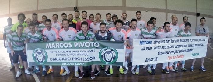 Atletas prestaram homenagem a Marcos Pivotto (falecido) na rodada passada.