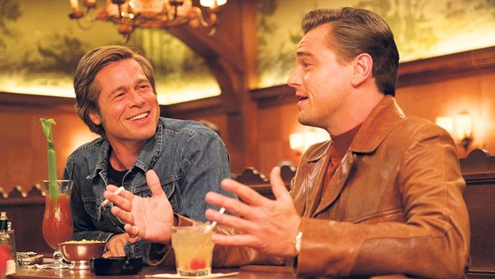 Leonardo DiCaprio e Brad Pitt estão no elenco de Era Uma Vez em Hollywood.