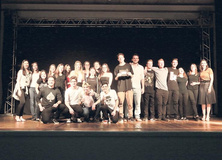 Apresentação da turma 307 foi destaque no Festival da Poesia.